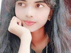 Sexy_Priya_